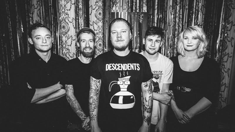 "Ducking Punches premiere 'Fizzy Brain' LP: ""We really tried to push the boat out."""